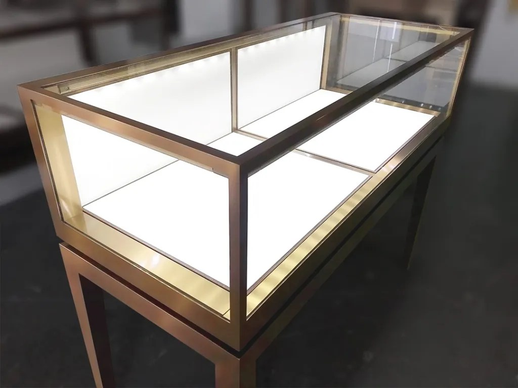 Display Counter for Sale Light Turned-on   Besty Display