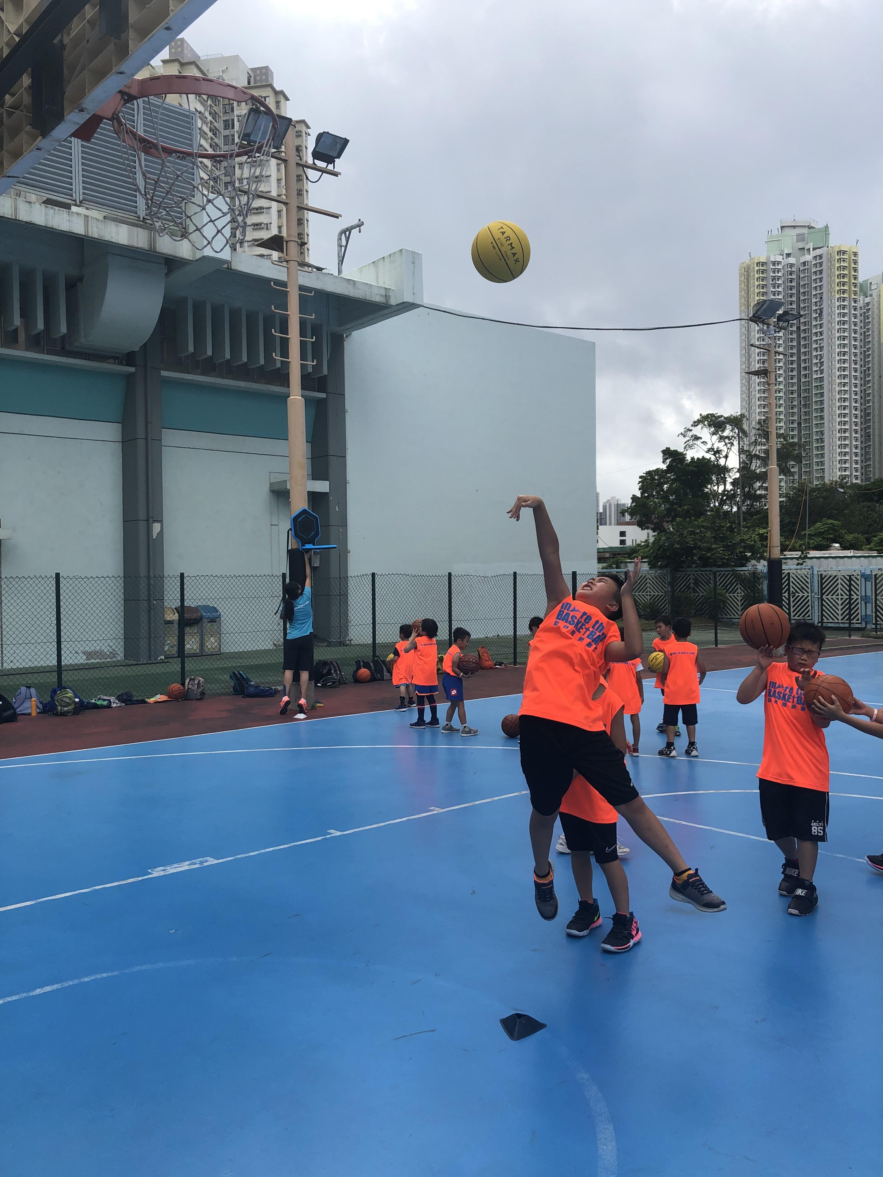 暑期籃球班 及 營會   籃球體育事工 Basketball Sport Ministry