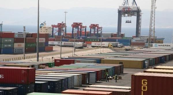 26.3 % انخفاض العجز التجاري في الثلث الأول من 2020
