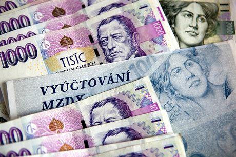 Průměrná mzda dosáhla 30 tisíc, Olomoucký kraj ale zůstává mezi nejchudšími