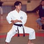 本會學員程永達在進行男子套拳比賽 Mr. Ching Wing-tat, member of our Association, in a kata competition