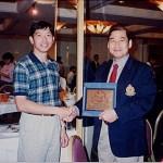 梁伯偉師傅與新加坡糸東流空手道總教練Wong Tuang Seng師範合照 Sensei Patrick P. W. Leung with Sensei Wong Tuang Seng, Head Coach of Singapore Shitoryu Karate Association