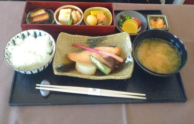 JAL entree