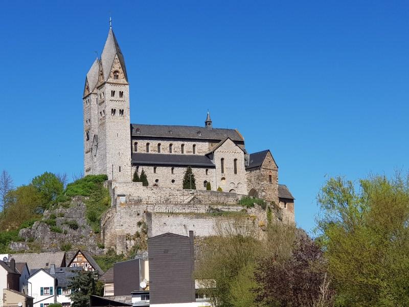 Die St. Lubentius Basilika Dietkirchen ist ein Geopunkt im Geopark Westerwald-Lahn-Taunus.