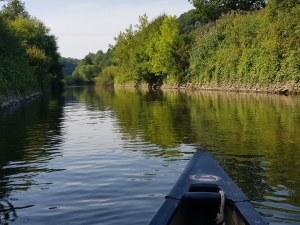 Mit dem Kanu lässt sich die Lahn gemütlich entdecken.
