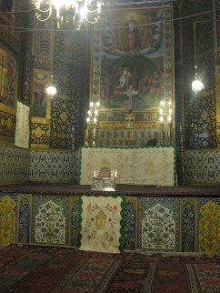 Interior Vank Cathedral - altar with ceramics and paintings (c) MvdB