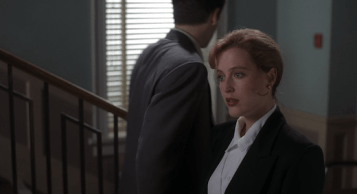 Mulder and Scully Flirting in Squeeze Exhibit 2