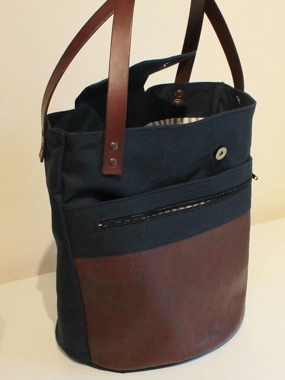 Completed Round bottom tote bag