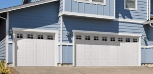 wayne dalton Vinyl Garage Door Model 8700