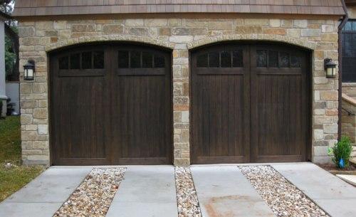 Stylish styles garage door