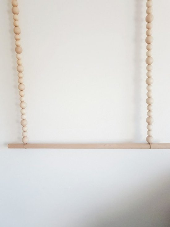 diy-kledingrek-touw-stok-kralen-kinderkamer-snel