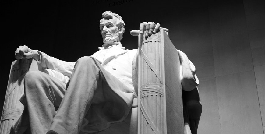 abraham lincoln the untold story Abraham lincoln died 153 years ago today at ford's theater, cut down by the rabidly pro-slavery actor named john wilkes booth in this extract from his new book lincoln and the irish-the untold story, niall o'dowd relates their rarely told history an exclusive excerpt from lincoln.