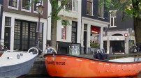 Screenshot - Orange boat