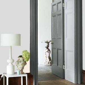 Little Greene Wandfarbe Inox 224 Wohnungsbeispiel Wand Farbe Weiß