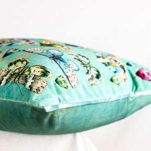 Designers Guild Kissen Issoria Jade Mint Türkis Schmetterlinge Samt Bunt Dekokissen