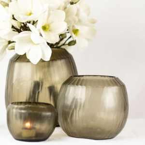 Guaxs Vase Malia Large Taupe Grau Teelicht Vase Smokegrey Blumen