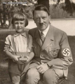 2016-Non, Angela MERKEL, n'est pas la fille d'A.Hitler-04