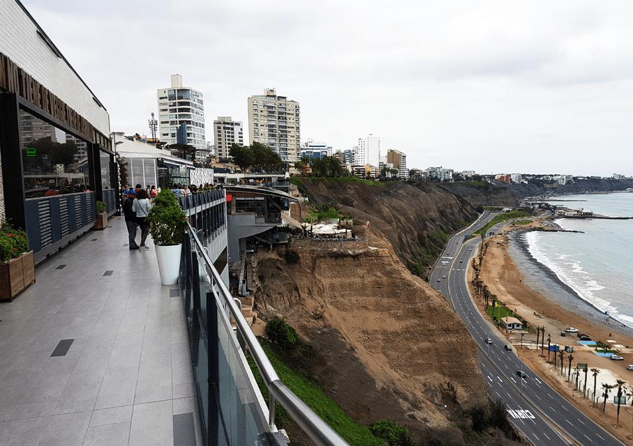 foto do Larcomar em Lima
