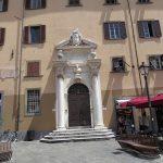Inngangsparti i Pisa