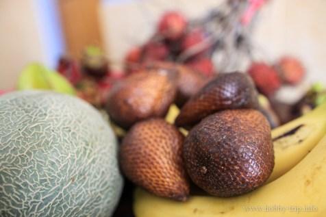 Свежи плодове за закуска 1 - Кута, Бали
