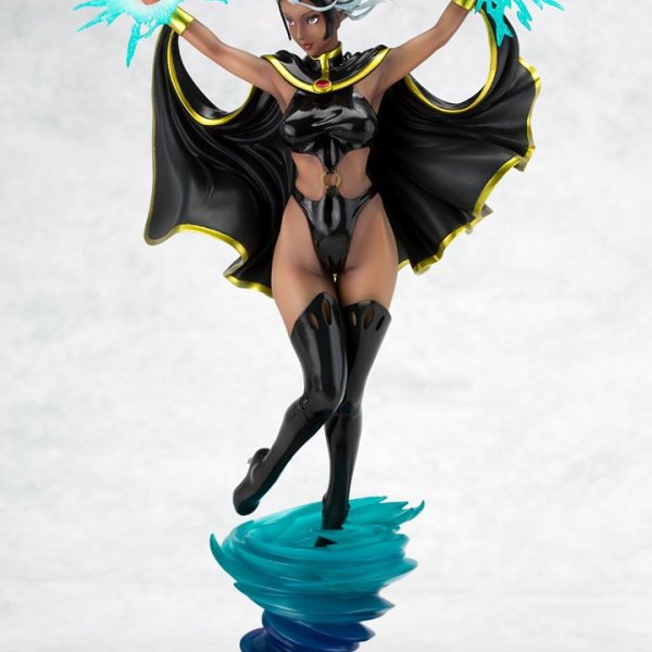 Storm Bishoujo Statue – White Costume SDCC 2012 Exclusive