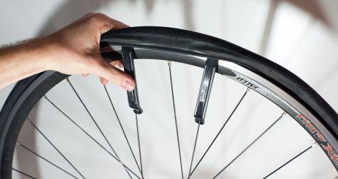 vervangen binnenband van een fiets