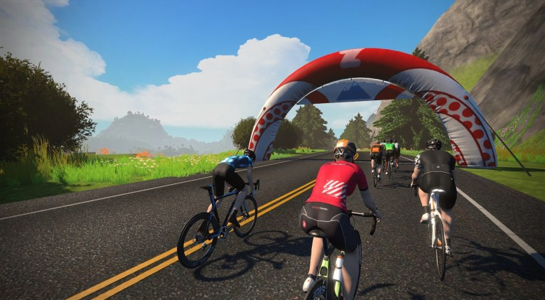 hilly route forward op Watopia - Hilly KOM banner