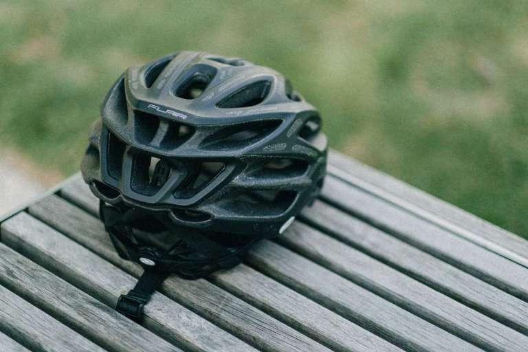 Fietshelm - fietskledij