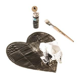 Geprägtes Herz auf Metallfolie mit Keilrahmen