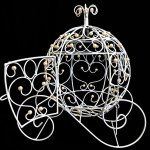 Craft-and-Party-Cinderella-carriage-centerpiece-with-pearl-decoration-0-0