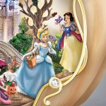 Disneys-Spook-tacular-Halloween-Themed-Pumpkin-Tabletop-Centerpiece-by-The-Bradford-Exchange-0-2