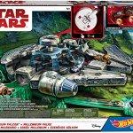 Hot-Wheels-Star-Wars-Millennium-Falcon-Playset-0