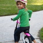 Joovy-Bicycoo-BMX-Balance-Bike-Pink-215-x-162-x-335-0-2