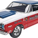 Revell-125-Sox-Martin-67-Plymouth-GTX-Plastic-Model-Kit-0