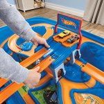 Step2-Hot-Wheels-Car-Track-Play-Table-0-1