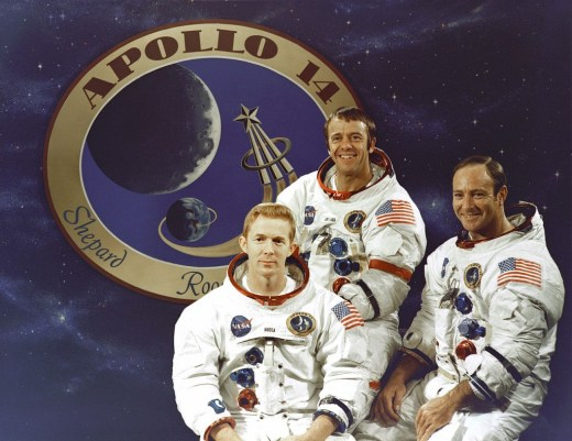1280px-The_Apollo_14_Prime_Crew_-_GPN-2000-001168
