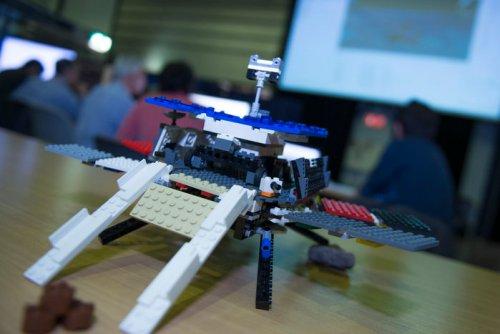 Lego_ExoMars_model_node_full_image_2[1]