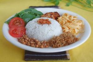 Resep Nasi Uduk ( Betawi – Jakarta )