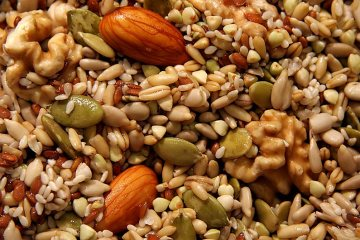 Kacang - kacangan sebagai pakan alternatif ayam kampung super