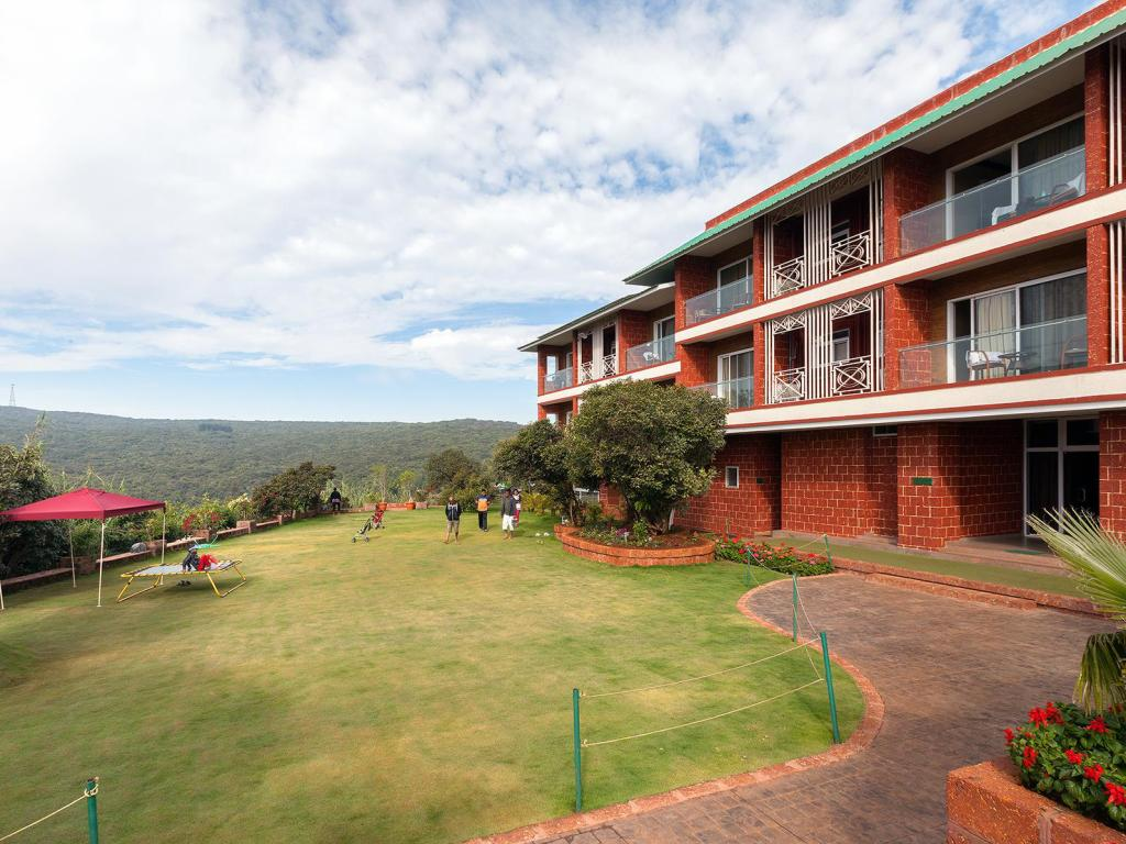 places to stay in Mahabaleshwar - Bella Vista Resort