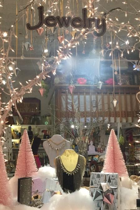 hoboken-girl-blog-aaraa-holiday