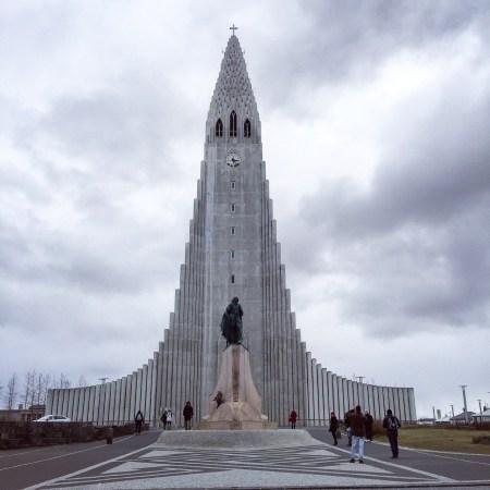Hallgrimskirkja-reykjavik-iceland-church