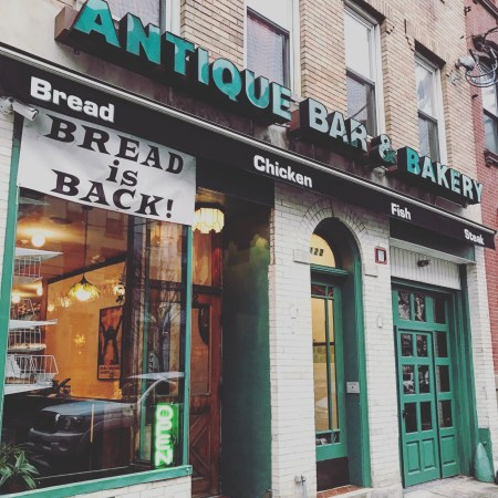 antique-bar-and-bakery-hoboken744