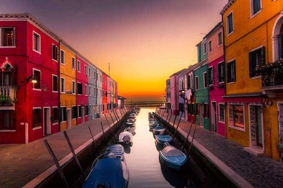 Deadline Travel Venice Italy