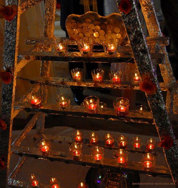 Hochzeit-Accessoires 09: Geld im Eis mit Kerzen