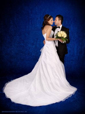 Brautpaar beim Hochzeit - Shooting im Studio Wagner, München