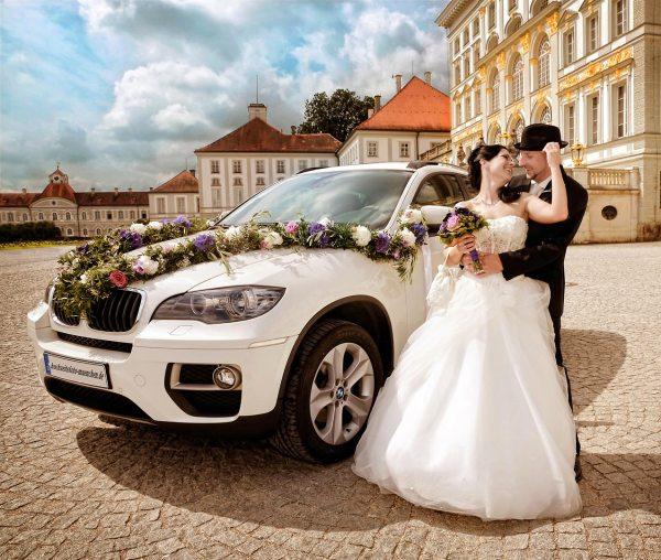 Fotoshooting Hochzeit 01: Hochzeitsfoto mit BMW X6