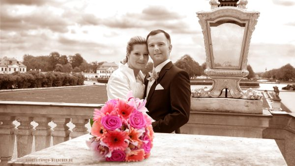 Hochzeitsbild in Sepia, Hochzeitsshooting im Schloss Nymphenburg