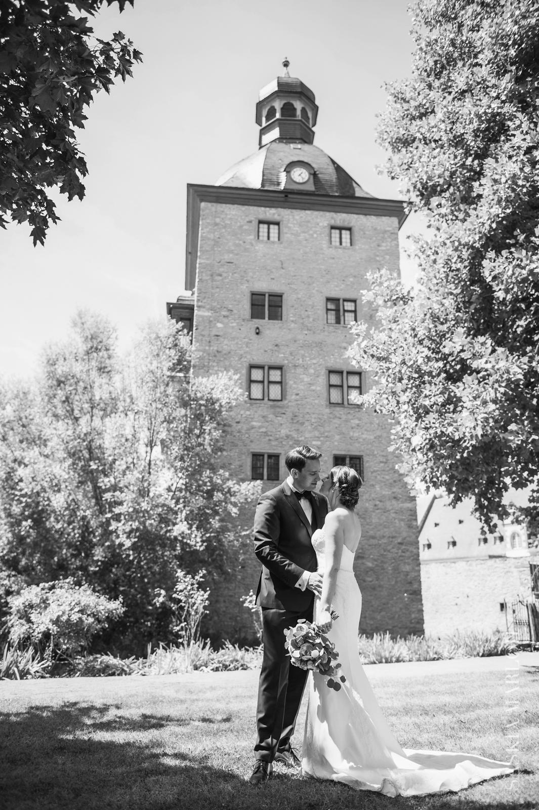 SCHLOSS-VOLLRADS-HOCHZEIT-WEDDING-FOTO-SASKIA-MARLOH-51-3
