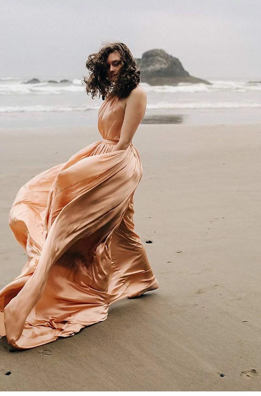 oregon-coast-emily-riggs-bridal-dresses_0001